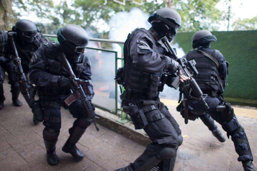 бразильский спецназ в действии