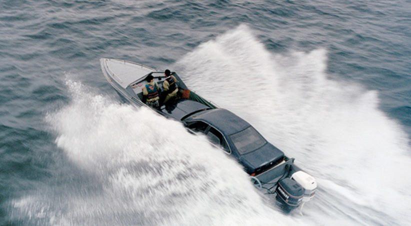 контрабанда. Автомобилем по воде