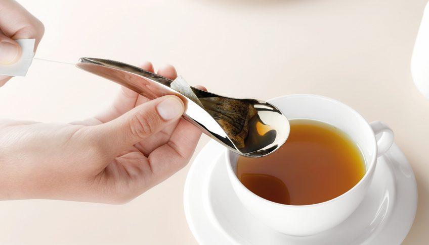 ложка отжимающая чай