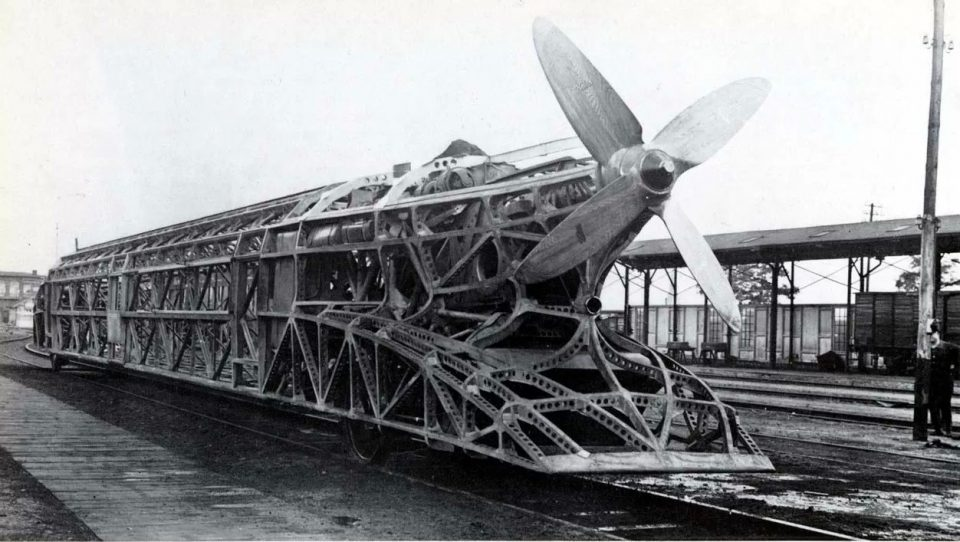 пропеллеровоз. Франц Крукенберг продолжил работать над идеей создания высокоскоростных поездов