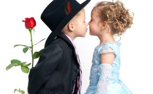 ребенок, поцелуй