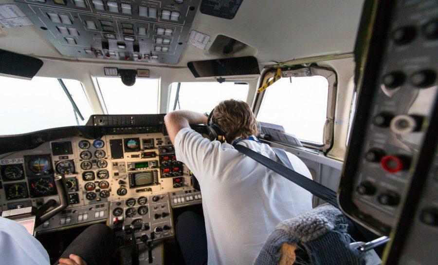 Стоит ли отказываться от идеи оборудовать самолеты алкотестерами