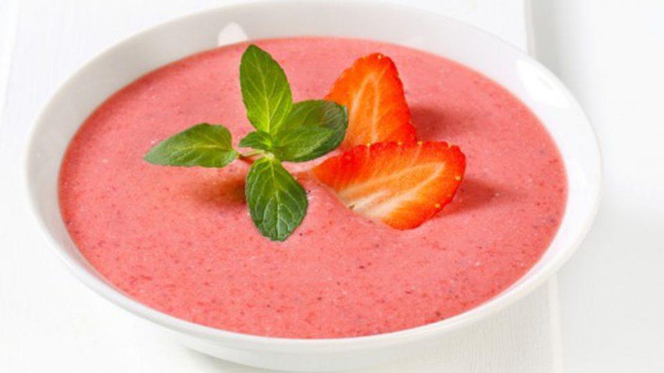 клубничный суп
