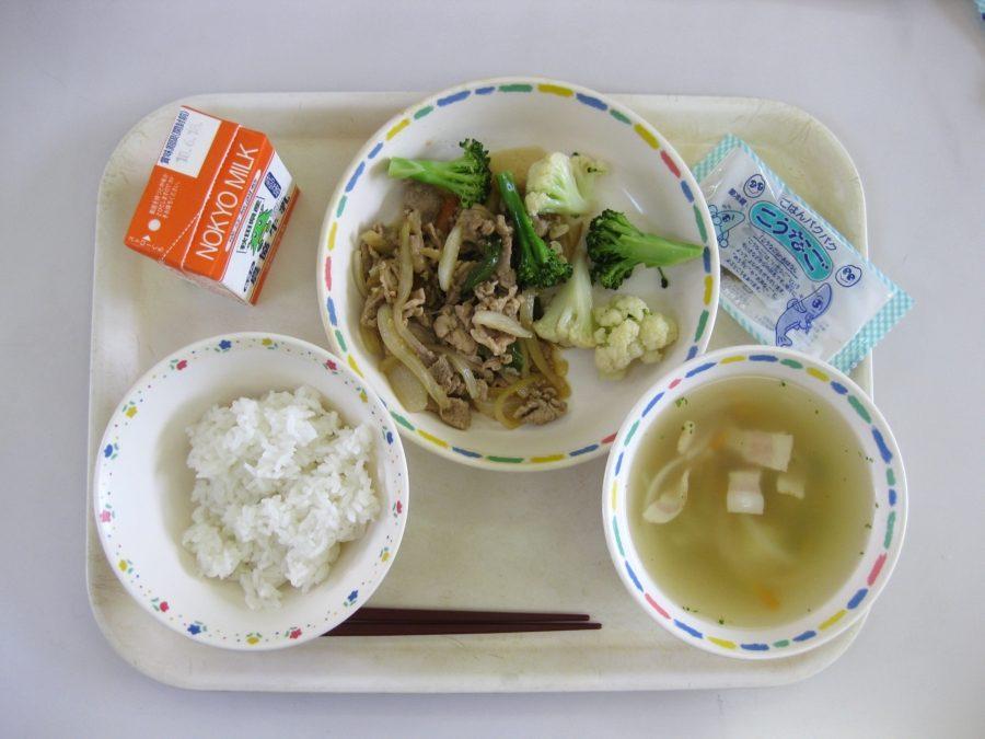 японский школьный ланч