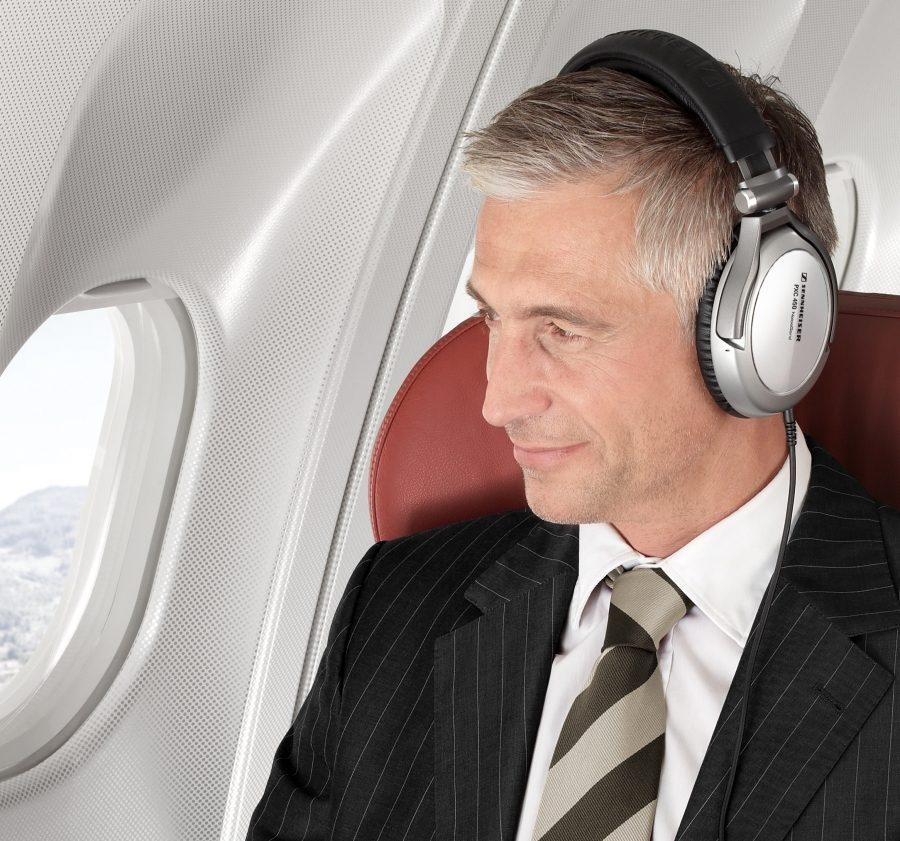 Прослушка разговоров пилотов с диспетчерами