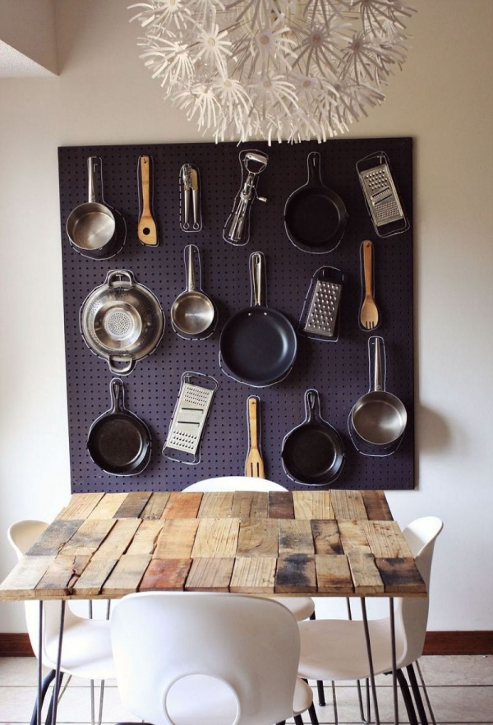 creative-hanging-storage-for-pans-and-pots