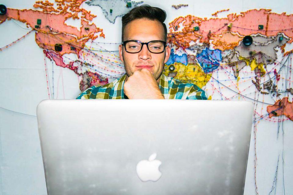 Веб-дизайнер/Графический дизайнер