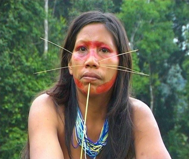 красота. Бразилия. Индейцы племени майоруна