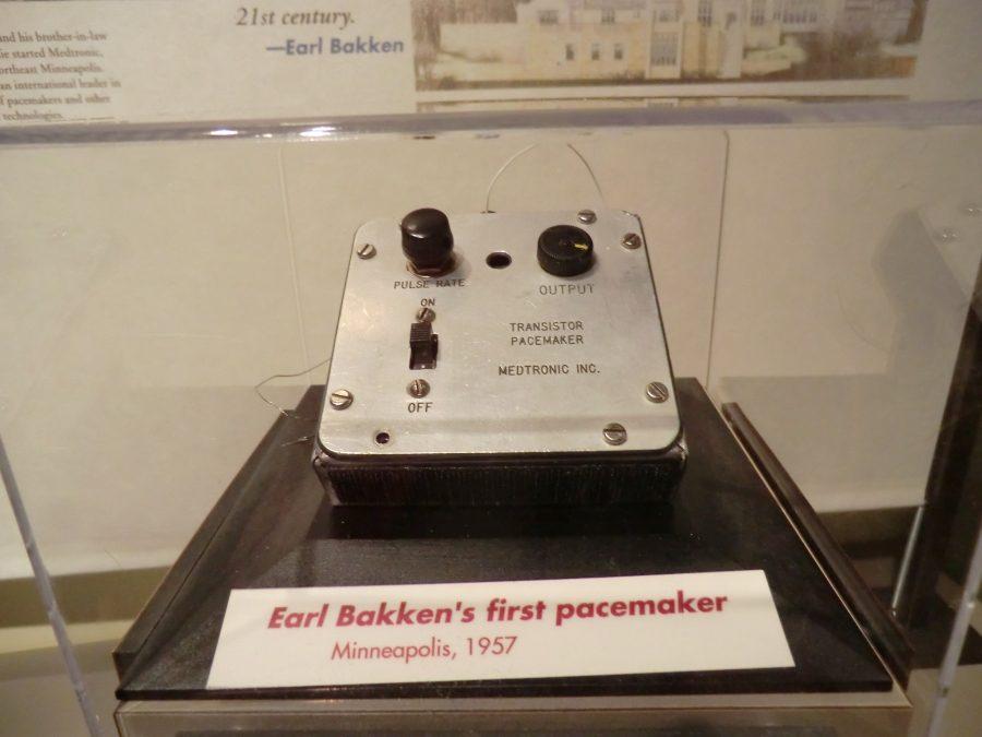 ошибки. Кардиостимулятор. Одна из первых моделей