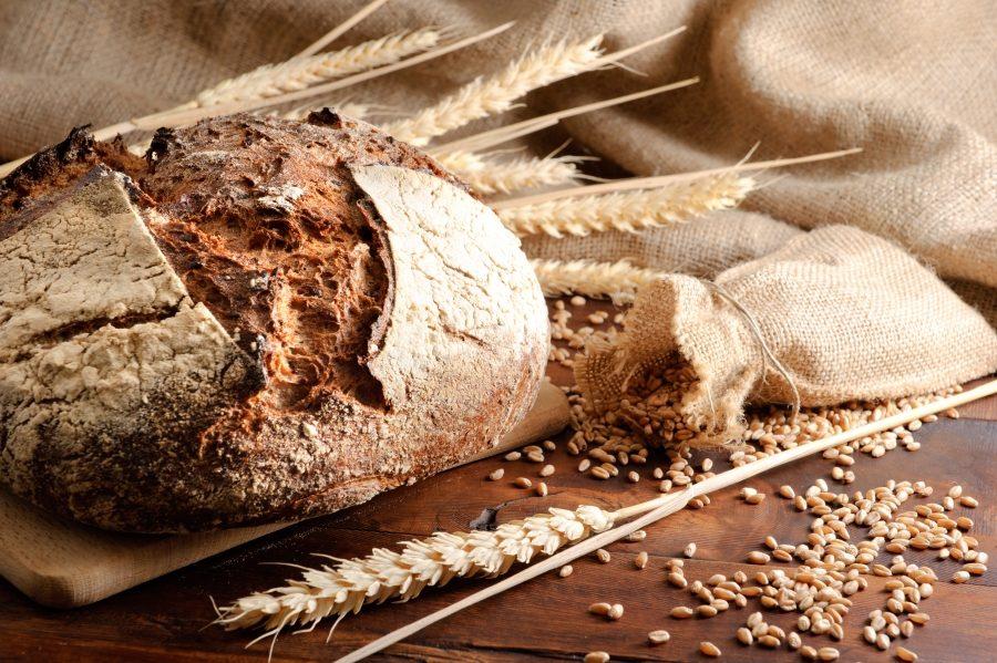 продукты. цельнозерновой хлеб