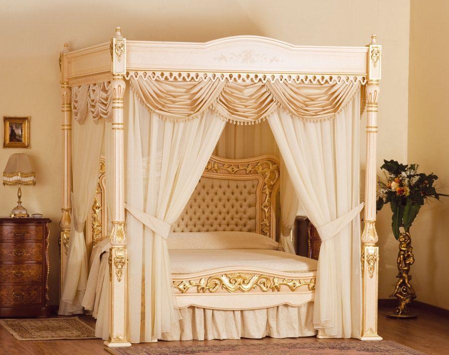 сон. Кровать с балдахином Supreme