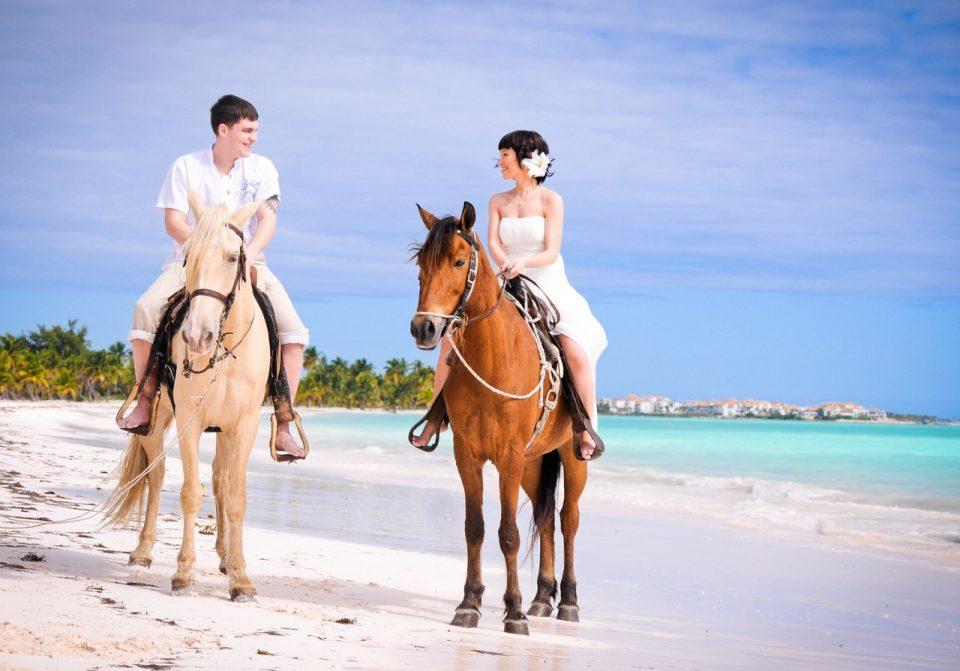 свадьба на лошадях