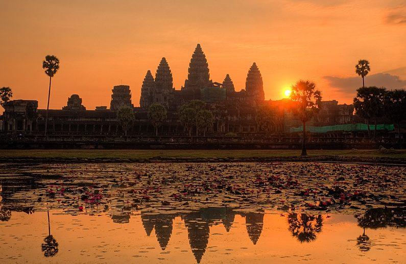 закаты. Камбоджа. Ангкор. Храм Пном Бакхенг