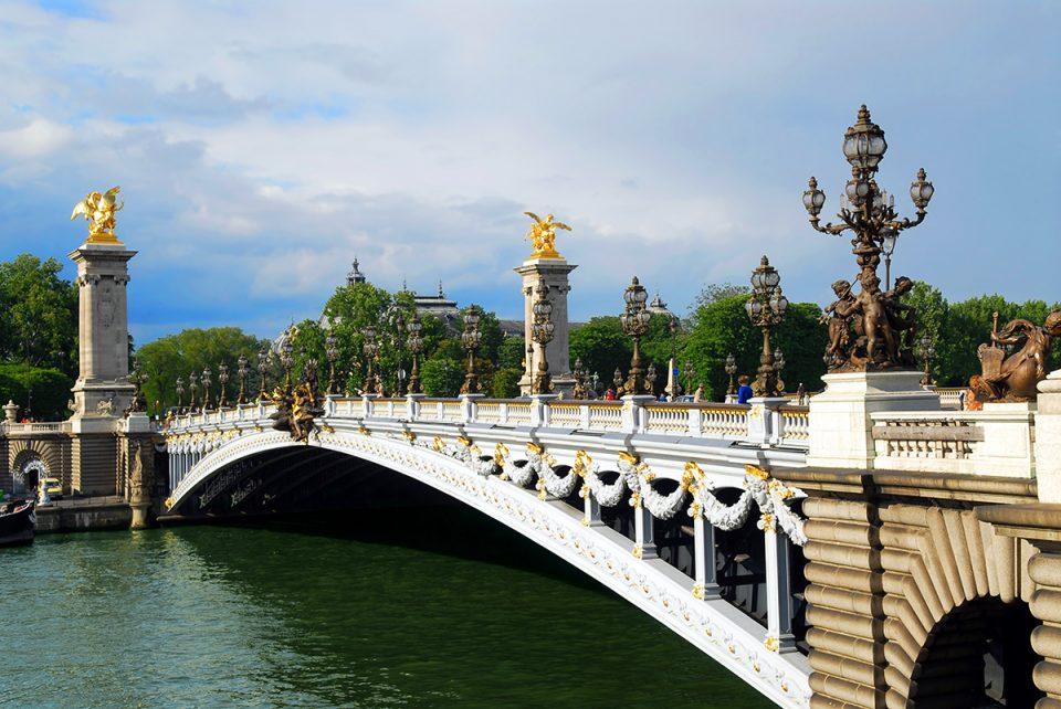 Мост Александра Третьего достопримечательности Парижа