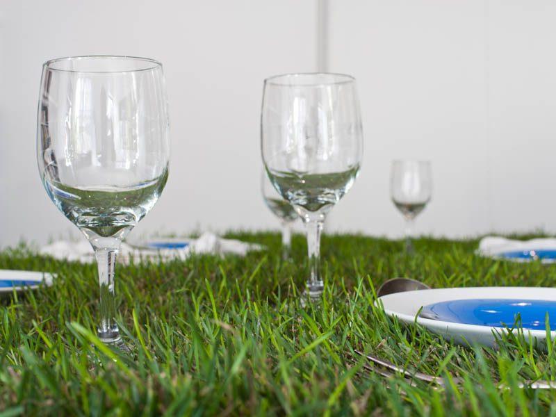 PicNYC Table – зеленая живая мебель