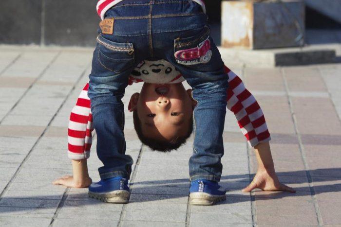 7 способов не сойти с ума с ребенком в очереди