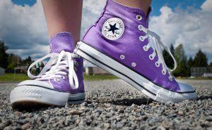 Как очистить белую подошву кроссовок?