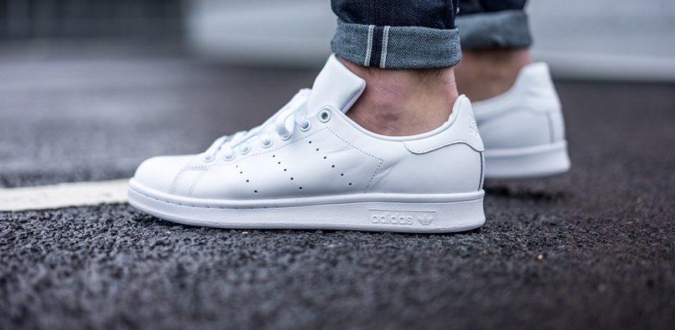 Как очистить белую подошву кроссовок