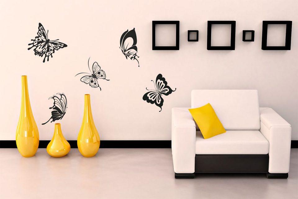 виниловые наклейки на стене интерьер