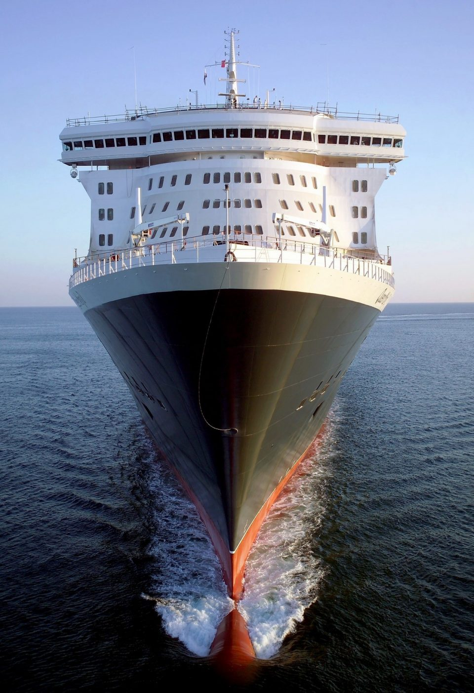 Queen Mary 2 .