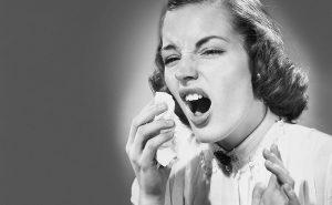 Почему и от чего человек чихает?
