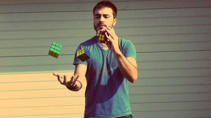 Как быстро собрать кубик Рубика 3х3? Ломаем голову