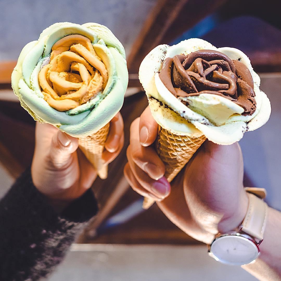 Мороженое в виде цветка