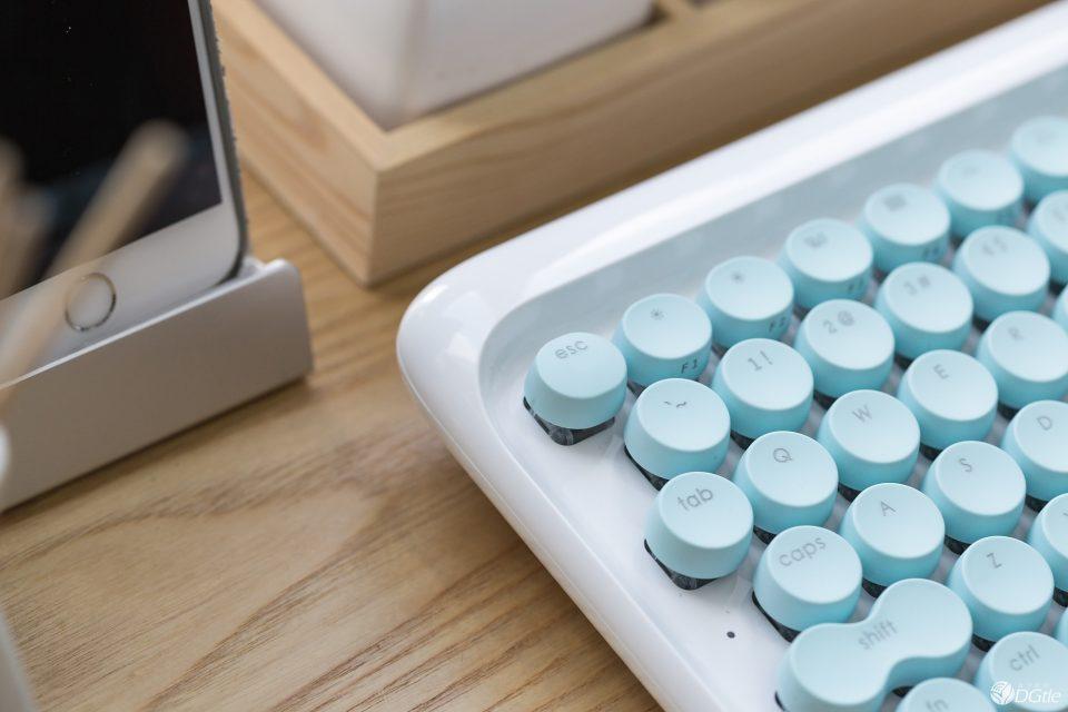 ретро-клавиатура Lofree