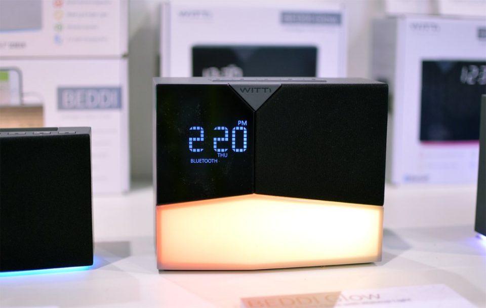 Электронные часы BEDDI Glow