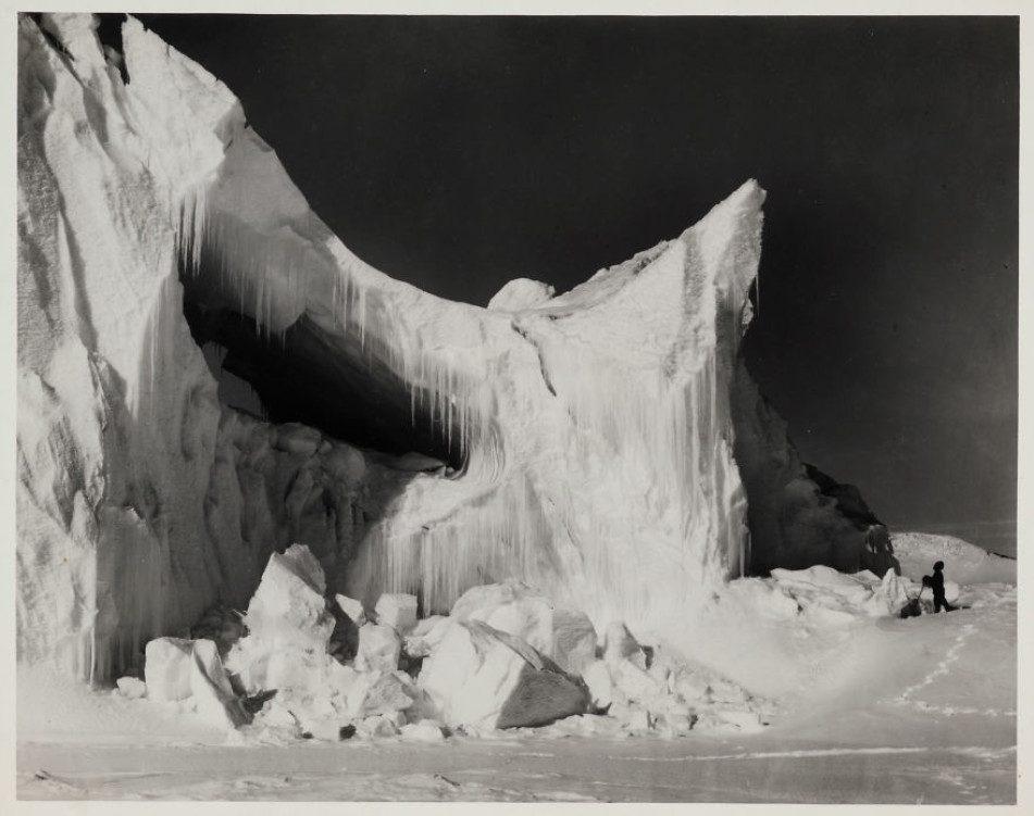 Айсберг в середине лета
