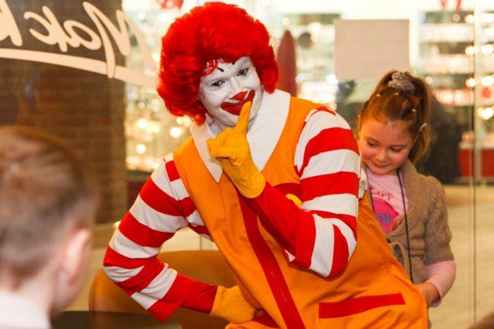 20 секретов и хитростей McDonald's, от бывшего работника сети