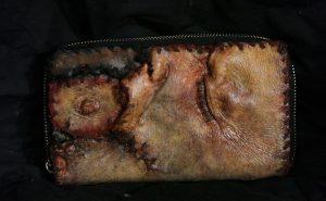 «Эд Гейн» — самая ужасная коллекция одежды и аксессуаров