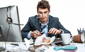 Сколько мы тратим времени на работу на самом деле? Ученые подсчитали!