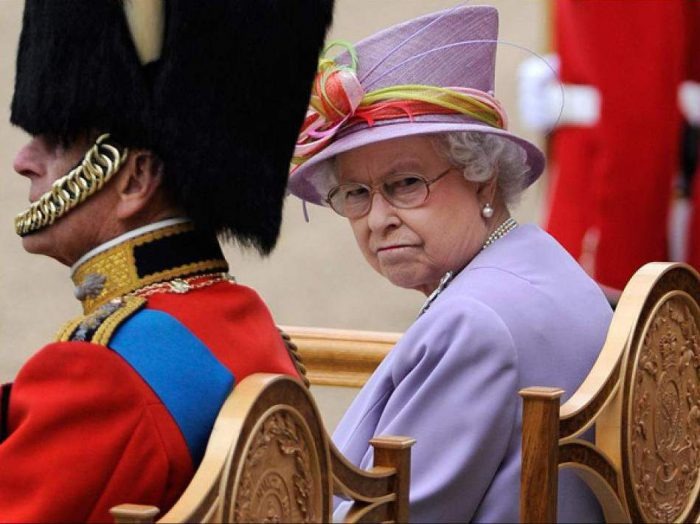 12 правил британской короны, которые нельзя нарушать ни в коем случае!