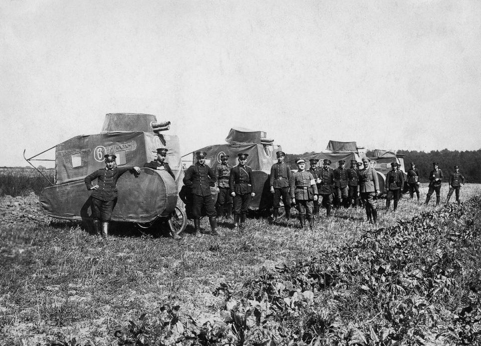 1926г. Немецкие муляжи танков.
